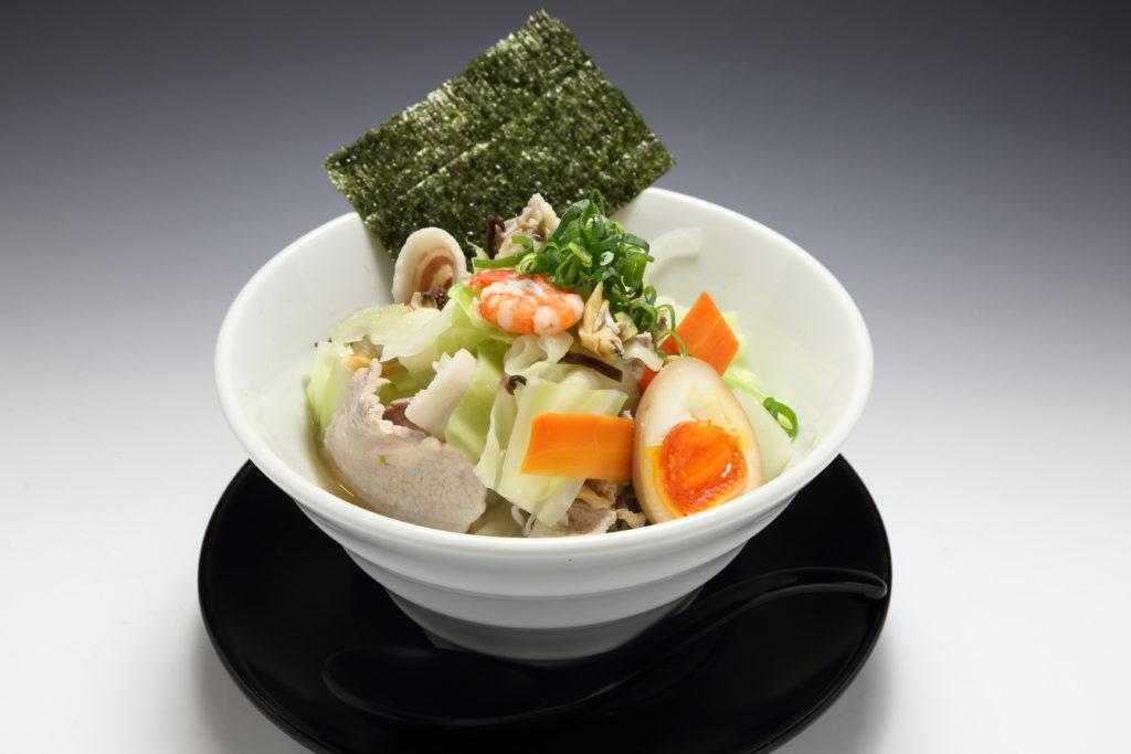 JR茨木駅前ラーメン「らーめん屋一心」塩ちゃんぽん麺